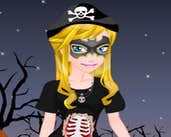 Play Pinka Halloween Day Dress Up
