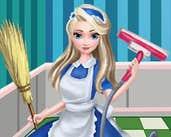 Play Elsa Clean House