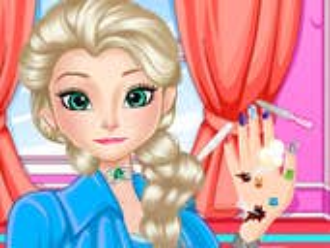 Play Elsa Perfect Nail