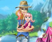Play Barbie going to camping